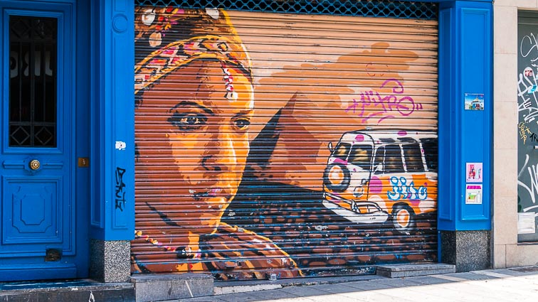 A street artist decorated a store in Casco Viejo
