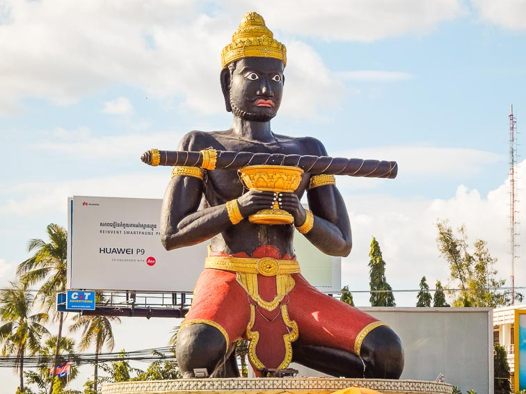 Huge statue of Preah Bat Dambang Kranhoung A.K.A Black Buddah