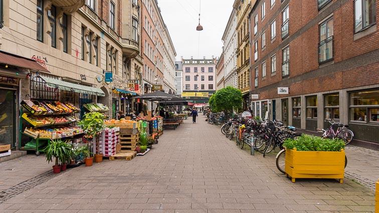 Fruit and vegetables between hipster cafes on the Blågårdsgade in Nørrebro