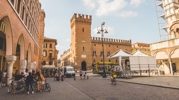 Discover Ferrara by bike