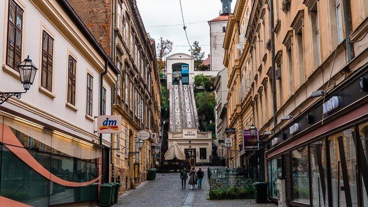 shortest funicular in the world: Ilica