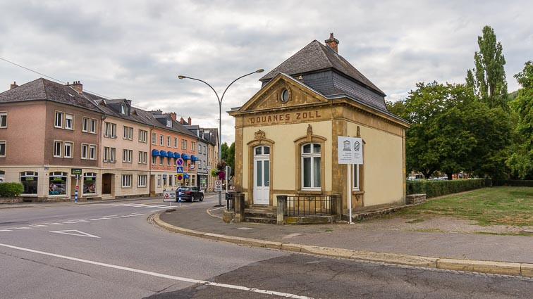 Tollbooth luxembourg